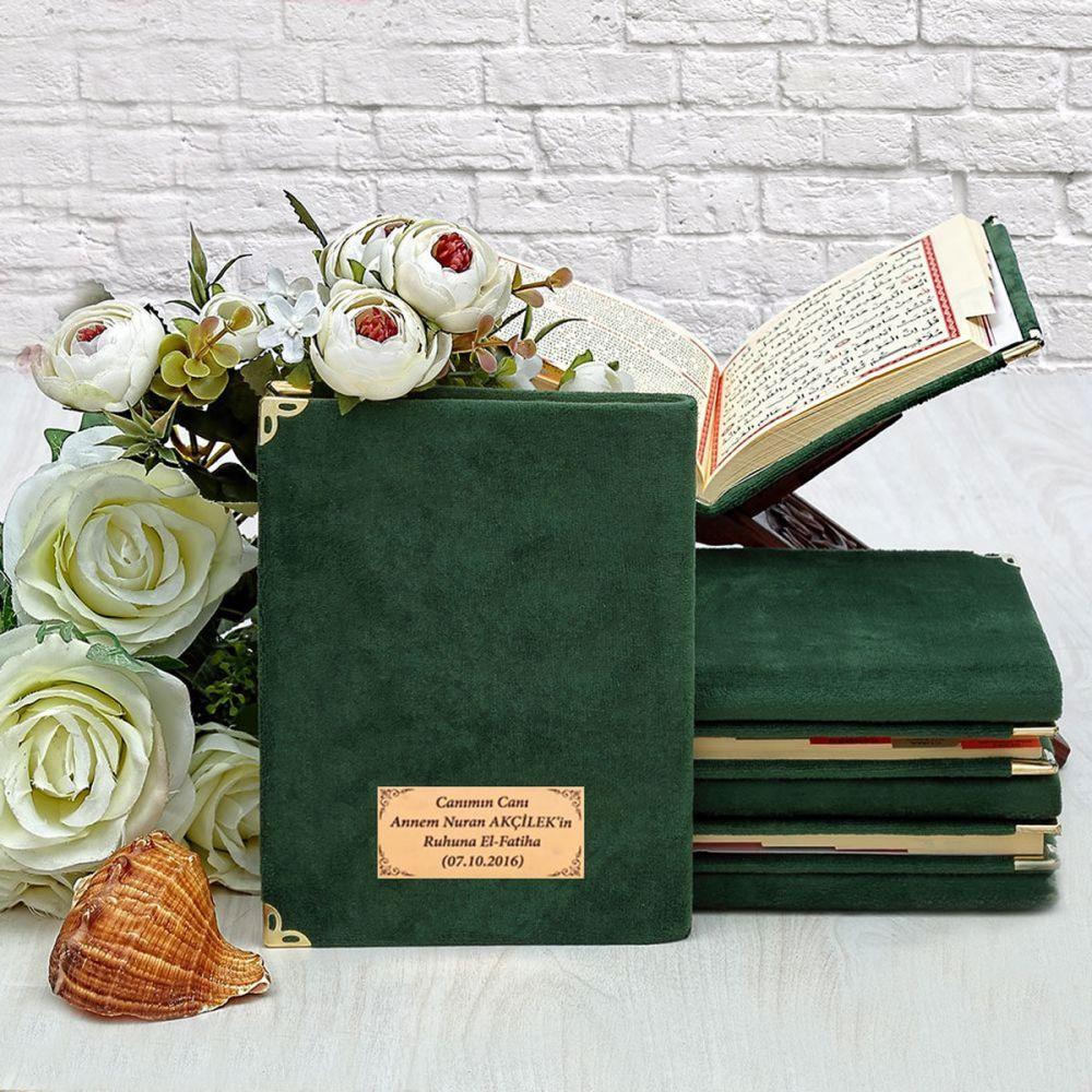 <span>Kadife Kaplı Yasin kitabı Çanta Boy 128 Sayfa, İsim Baskılı Yeşil</span>