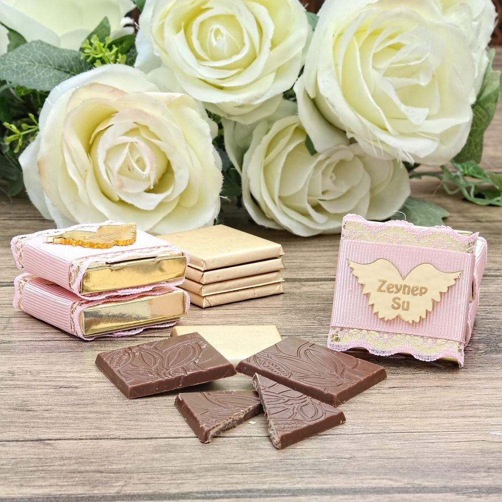 <span>Kız Bebek Spesiyal Çikolata Kelebek</span>