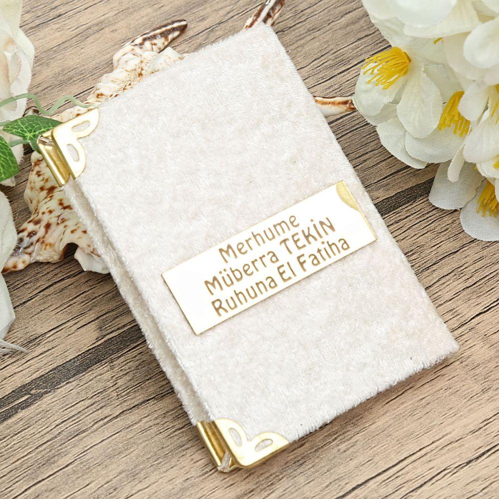 <span>Mini Boy 128 Sayfa Kadife Kaplı Yasin Kitabı Krem Pleksili</span>