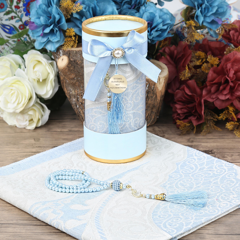 <span>Anneler Gününe Özel Silindir Asetat Kutu, Seccade, İnci Tesbih - Mavi Hediye Seti</span>